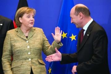 Angela Merkel, un maestru al supravietuirii