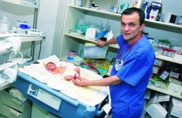 "Catalin Cirstoveanu: ""Noi vrem ca acesti copii sa traiasca"""