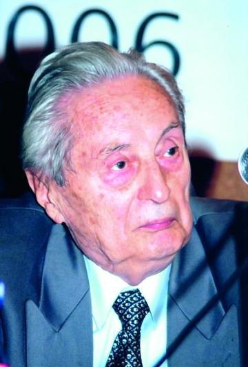 """Ion Diaconescu: """"Astia merg azi  la puscarie ca-n vacanta. La noi  a fost chinul  de pe lume"""""""
