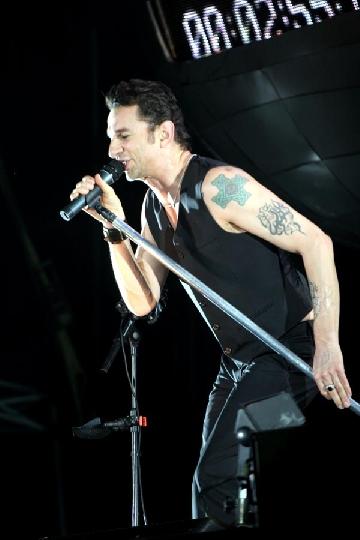 Depeche Mode, pas cu pas