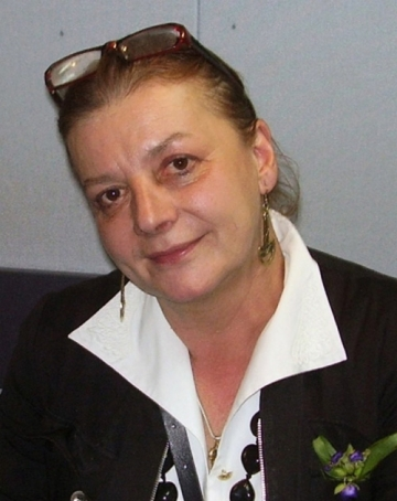 Astazi este ziua Ioanei Craciunescu. La multi ani!