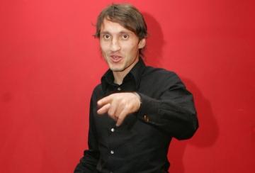 La multi ani, Gabriel Popescu!