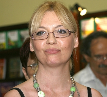 La multi ani, Emilia Popescu!