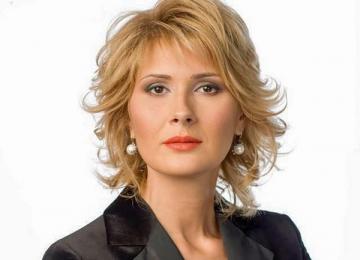 La multi ani, Alessandra Stoicescu!