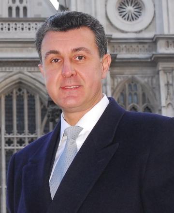La multi ani, ASR Principele Radu al Romaniei!