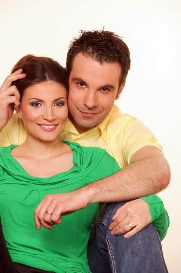 Ioana Ginghina si Alexandru Papadopol asteapta o fetita