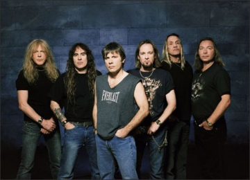 Seara incendiara cu Iron Maiden