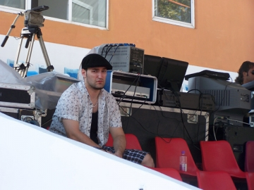 Fostul asistent al Andreei Marin se lanseaza in muzica