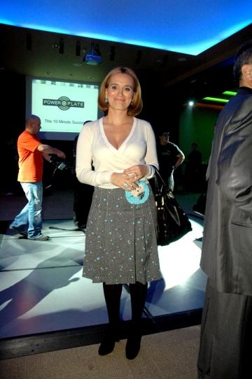 Andreea Esca, la curent cu noutatile din moda