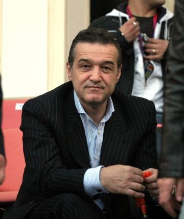 Gigi Becali, la un pas sa piarda 120.000 de euro