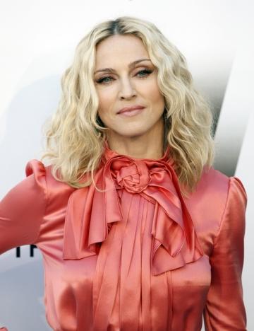 Madonna canta, pentru prima oara, in Romania