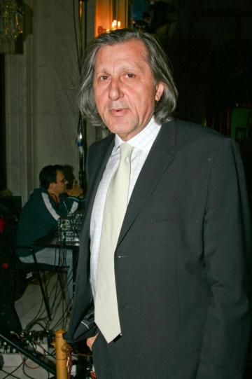 Ilie Nastase il apara pe Gigi Becali