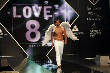 Lacrimi de inger la Bucharest Fashion Week