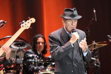 Organizatorii concertului Leonard Cohen, dezamagiti de Tuborg