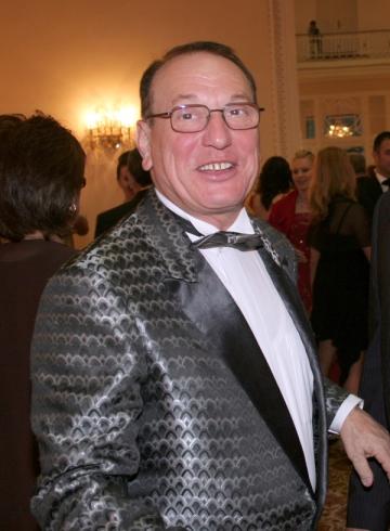 Petre Geambasu vrea spectacol cu public