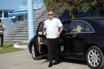 Adrian Mititelu, bagat in spital de fani