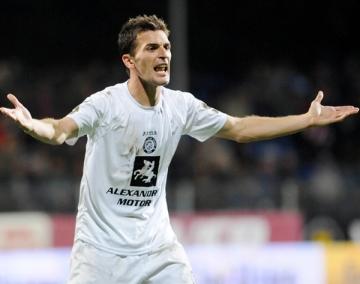 Marius Bilasco, laudat de site-ul UEFA