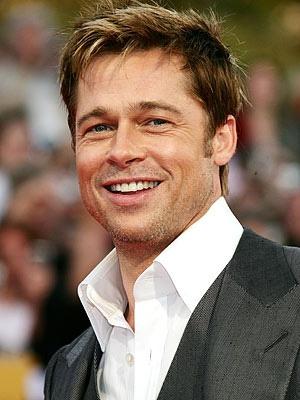 Un paparazzo l-a accidentat pe Brad Pitt