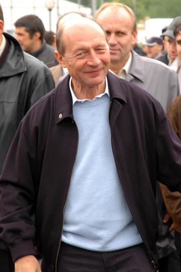 S-a intors roata: Basescu ii parodiaza pe Badea, Stan si Gadea
