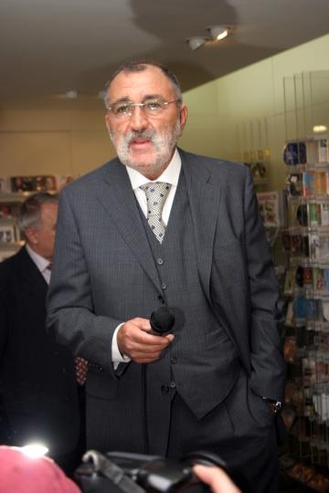 Ion Tiriac, ironizat din pricina mustatii