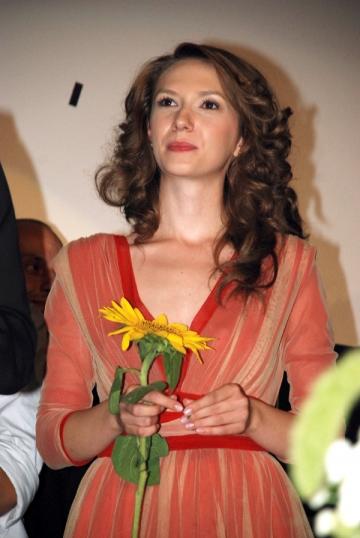 Adela Popescu, vacanta in Thailanda