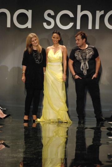Irina Schrotter a sarbatorit Ziua Nationala a Romaniei in stil fashion