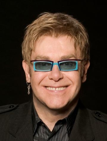 Artistul britanic Elton John va canta la Bucuresti