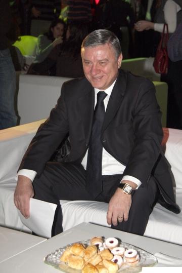 Mircea Sandu a obtinut al saselea mandat la conducerea FRF
