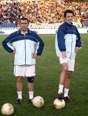 Hagi si Popescu s-au alaturat lui Zidane pentru a ajuta victimele din Haiti