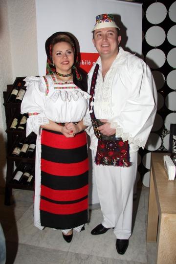 Cornelia si Lupu Rednic si-au comandat mobila de la Sighetul Marmatiei