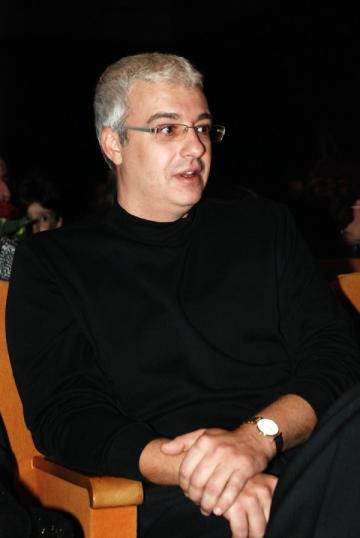 Catalin Crisan se vrea actor de teatru