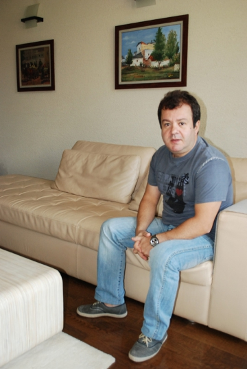 "Dragos Mostenescu: ""In Romania nu exista divertisment de calitate"""