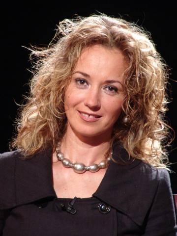 """Marina Constantinescu, deranjata de jurnalistii care  """"fabrica subiecte dupa ureche"""""""