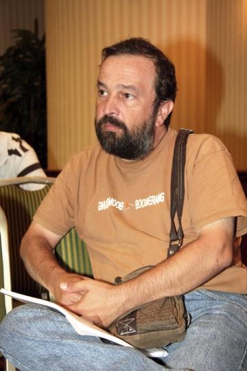 "Ioan Gyuri Pascu traieste intr-o ""carapace"""