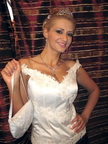 Julia Jianu, fotografiata de fosta sa dansatoare