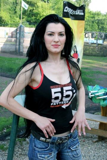 Silvia D' la Vegas dezvaluie secretele podoabei sale capilare