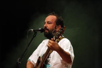 Ioan Gyuri Pascu, un artist care simte publicul