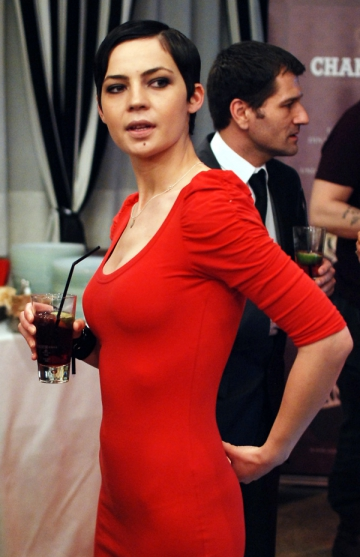 Maria Dinulescu, protagonista in videoclipul lui Chilian