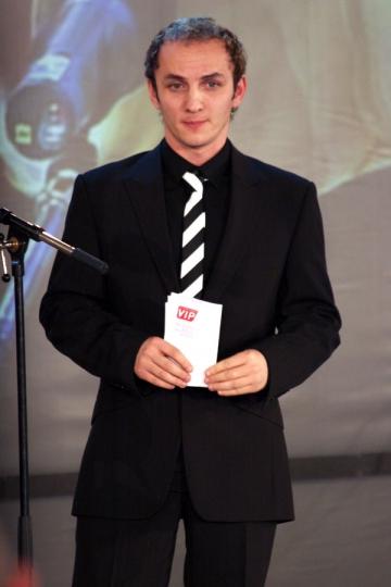 Mihai Traistariu canta muzica machedoneasca la cererea publicului