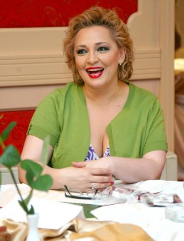 Mihaela Tatu vrea sa scrie carti de povesti