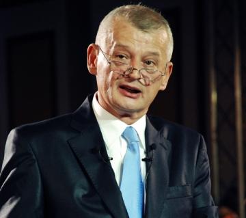 Tatal primarului Sorin Oprescu, internat de urgenta la Spitalul Elias