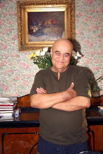 Benone Sinulescu isi transforma casa parinteasca in casa memoriala