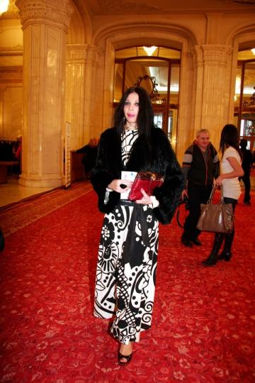 Ingrid Vlasov, pentru a treia oara la Paris Fashion Week
