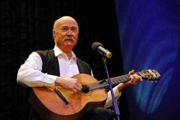 Tudor Gheorghe il vede pe Victor Ponta dansand tango cu Roberta Anastase