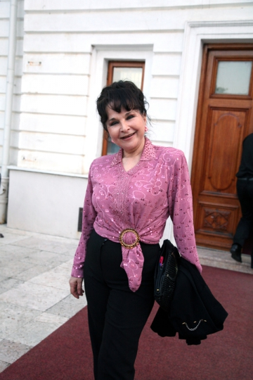 Aneta Stan s-a asigurat in caz de cutremur