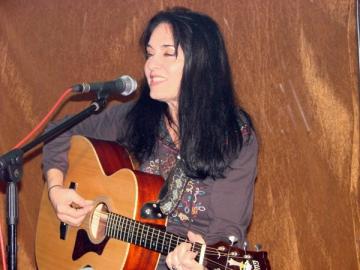 Zoia Alecu, in duet cu Alina Manole
