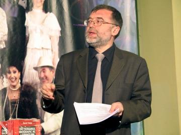 Matei Visniec ii aduce un omagiu lui Kafka prin noul sau roman