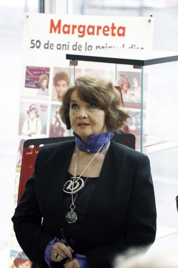 Margareta Paslaru a primit Diploma de Excelenta din partea Electrecord