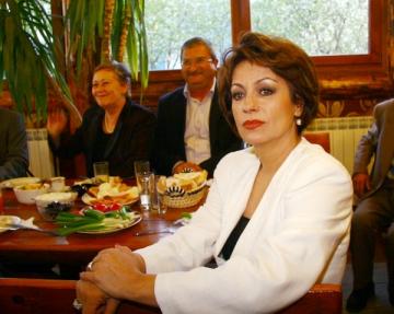 "Adriana Trandafir: ""Nu sunt chemata la TV pentru ca nu mai am 90-60-90"""