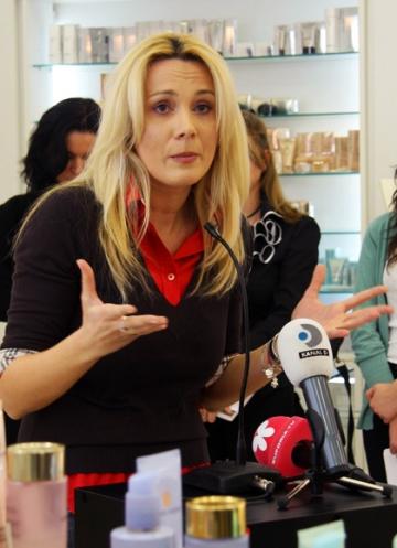 Dana Savuica isi lasa fiica sa-si aleaga viitoarea cariera